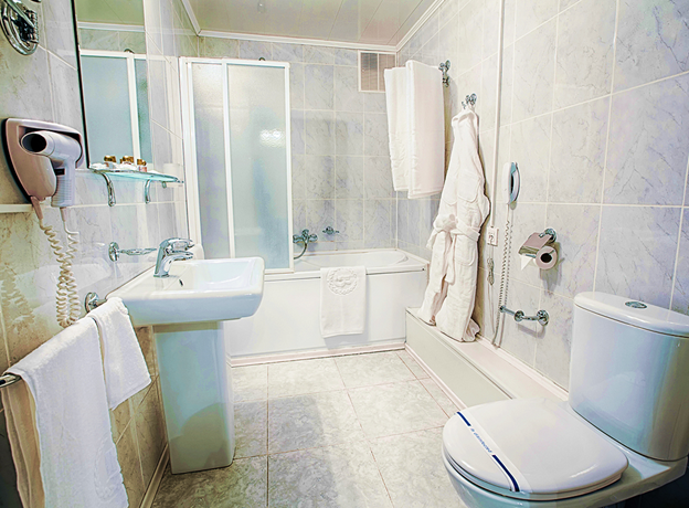 3 Hottest Trends in Bath Remodeling