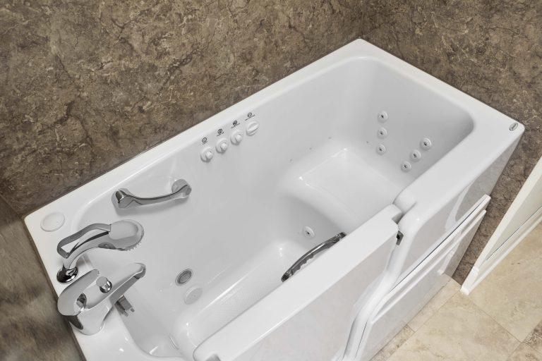 Whirlpool Jacuzzi Walk-In Tub